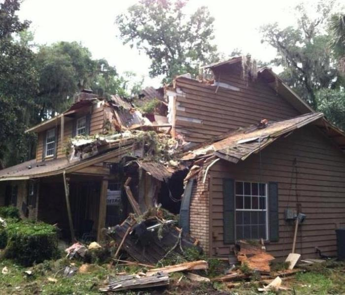 Tree falls on this Florida home Before